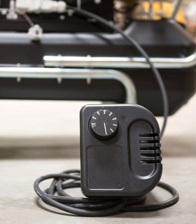 Nagrzewnica olejowa Master B 300 CED + termostat TH5 10-metrowy